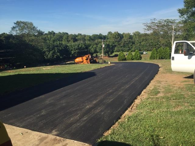 Asphalt Paving Contractor Located in Moorseville